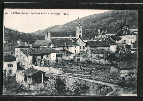 AK Theys, Le Bourg et le Col du Bariot