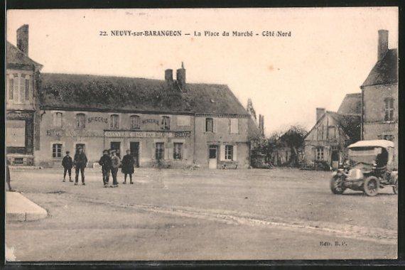 AK Neuvy-sur-Barangeon, la place du Marché