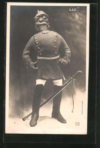 AK Lui!, Kaiser Wilhelm II. in Uniform mit Pickelhaube und Säbel, Karikatur