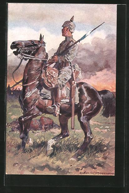 Künstler-AK Anton Hoffmann - München: deutscher Kavallerist zu Pferd auf einem Schlachtfeld