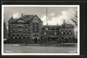 AK Woerden, Station, Vorderansicht vom Bahnhof