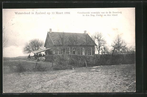 AK Watervloed in Zeeland op 12 Maart 1906, Geruineerde voorzijde van de 2e Boerderij, Hochwasserschäden