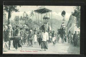 AK Kandy, Perahara, Festumzug mit Elefant