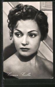 AK Schauspielerin Carmen Sevilla zur Seite blickend