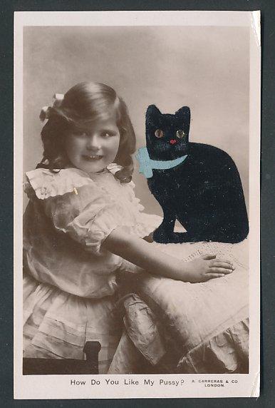Filz-AK Kleines Mädchen mit schwarzer Katze