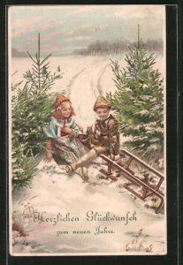 AK Glückwunsch zum neuen Jahre, Kinder mit Schlitten nach Sturz