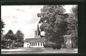 AK Elspeet, Dorpsgezicht, Ortspartie mit Kirchturm
