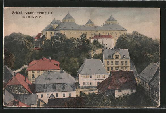 AK Augustusburg, Ortsansicht mit Schloss 0
