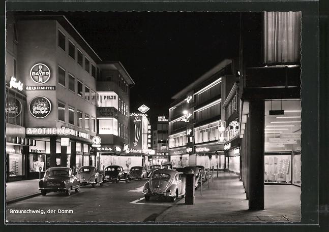 AK Braunschweig, Strassenpartie am Damm bei Nacht 0