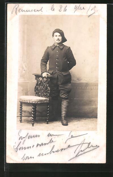 Foto-AK Französischer Alpenjäger in Uniform, Regiment 46