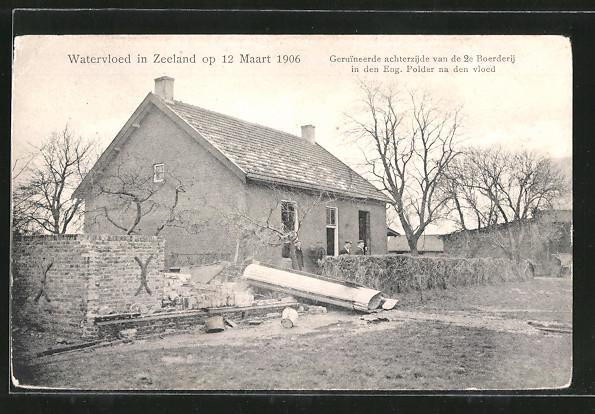 AK Hochwasser / Watervloed in Zeeland op 12.3.1906, Schäden an einem Haus