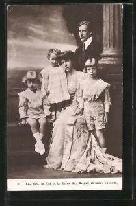 AK König und Königin von Belgien mit ihren Kindern