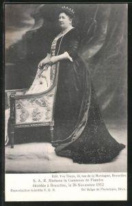 AK Madame la Comtesse de Flandre, Portrait der belgischen Adeligen
