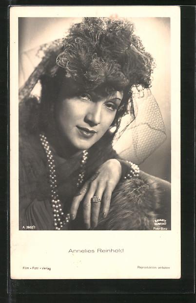 AK Schauspielerin Annelies Reinhold mit Halskette posierend