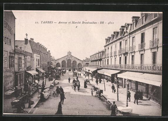 AK Tarbes, avenue et marché Brauhauban