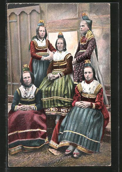 AK Frauen und Mädchen in hessischer Tracht