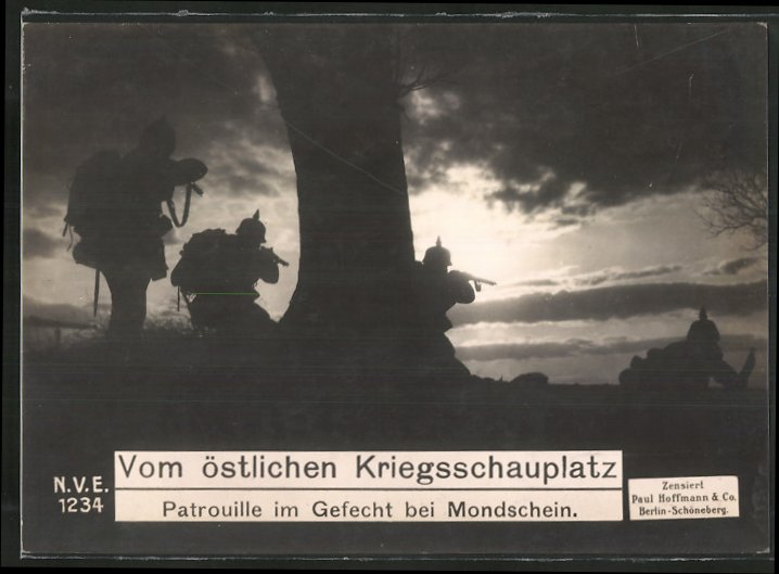 Riesen-AK Ostfront, deutsche Patrouille im Gefecht bei Mondschein