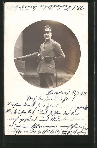 Foto-AK Landsturmmann in Uniform mit Gewehr