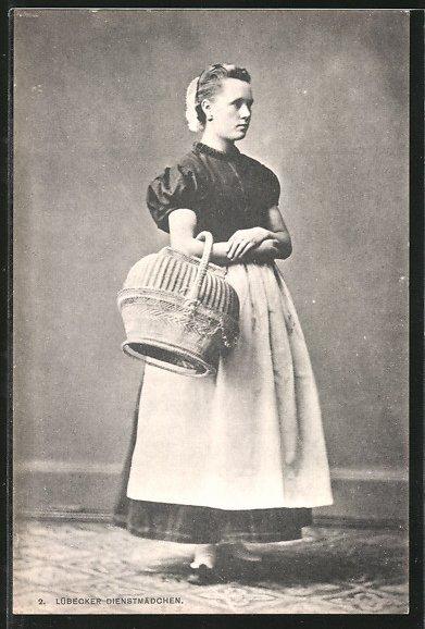 AK Lübeck, Dienstmädchen mit einem Korb, Stadttyp