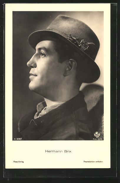 AK Schauspieler Hermann Brix mit Hut posierend