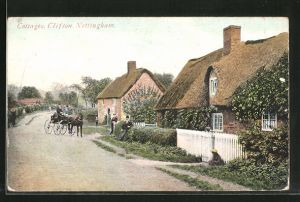 AK Nottingham, Cottages Clifton, Strassenpartie