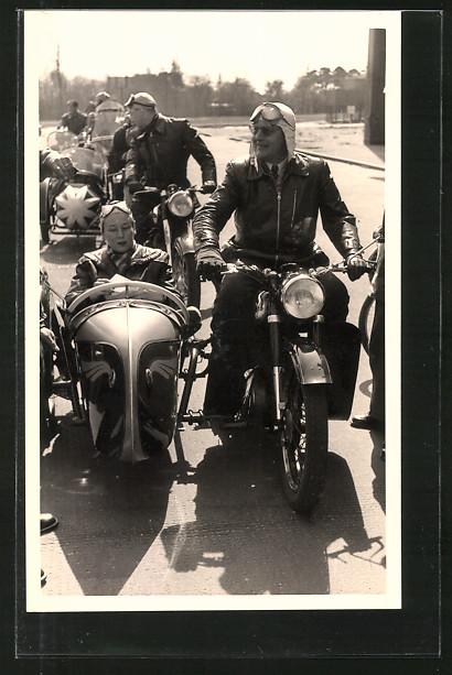 Foto-AK Zündapp-Motorrad mit Beiwagen