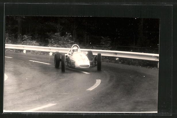 Foto-AK Rennwagen mit Startnummer 30 in Kurve