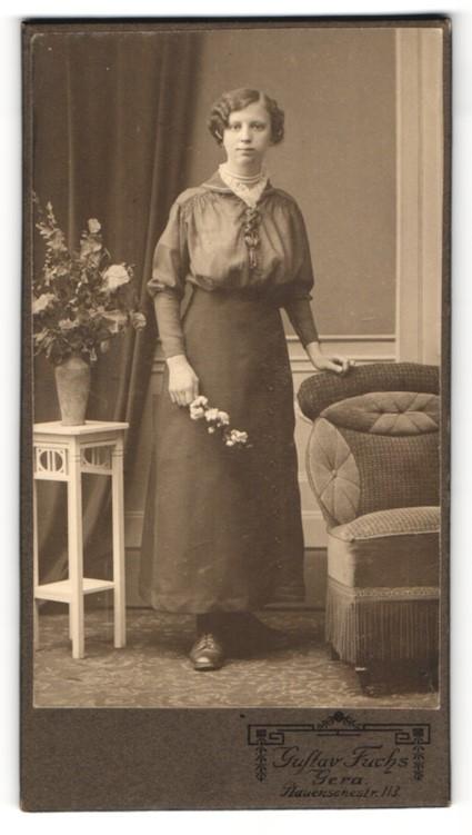 Fotografie Gustav Fuchs, Gera, Portrait Fräulein mit Hochsteckfrisur