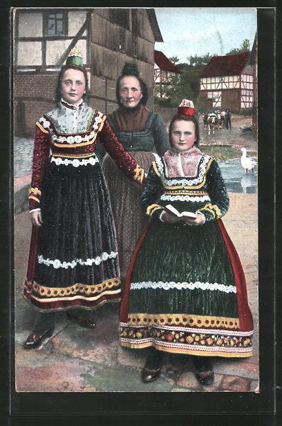 AK Frauen in hessischer Tracht