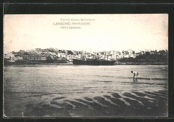 AK Larache, Blick vom Wasser auf den Küstenort, Dampfer