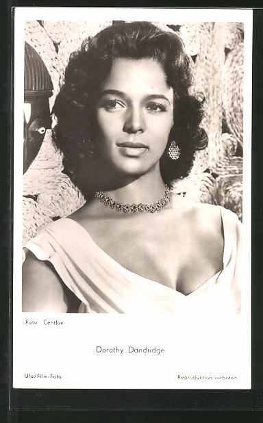 AK Schauspielerin Dorothy Dandridge mit Halskette porträtiert