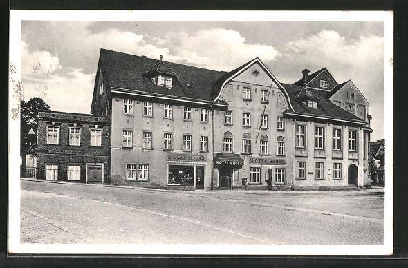 AK Grossröhrsdorf, Strassenpartie am Hotel Haufe