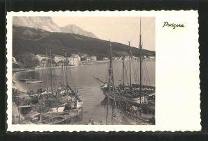AK Podgora, Fischerboote im Hafen