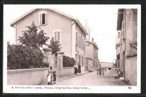 AK Pont-de-Chéruy, Postes-Télégraphes-Téléphones, Strassenpartie mit Post