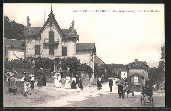 AK Saint-Priest-Taurion, Entrée du Bourg, Les Trois Routes