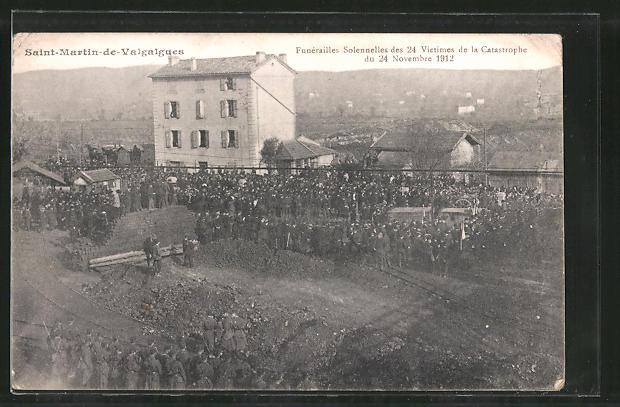 AK Saint-Martin-de-Valgalgues, Funérailles Solennelles des 24 Victims de la Catastrophe du 24 Novembre 1912