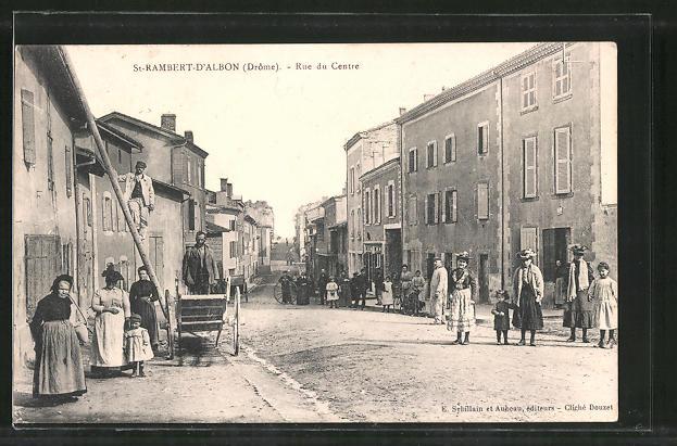 AK St-Rambert-d'Albon, Rue du Centre, Strassenpartie im Zentrum