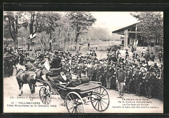 AK Tullins-Fures, Fêtes Mutualistes du 31 Octobre 1909, Le départ de la Voiture ministérielle..., Verabschiedung