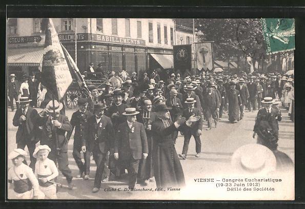AK Vienne, Congres Eucharistique 1912, Défilé des Sociètès