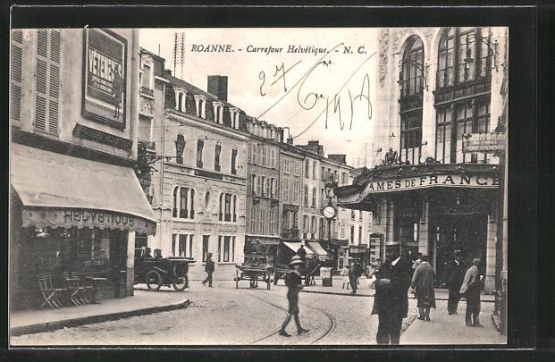 AK Roanne, Carrefour Helvétique, Strassenpartie im Zentrum