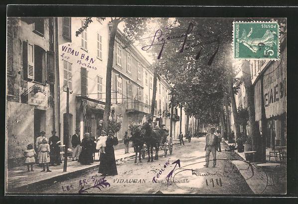 AK Vidauban, Rue Nationale, Strassenpartie im Zentrum