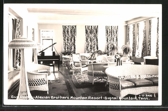 AK Signal Mountain, TN, Alexian Brothers Mountain Resort, Sun Room