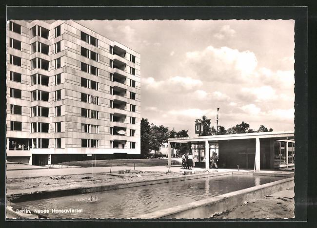 AK Berlin, Neues Hansaviertel, Anlagen an der U-Bahnstation
