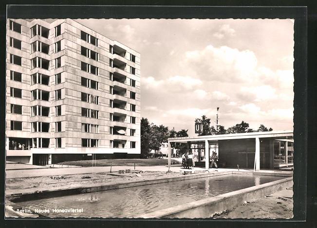 AK Berlin, Neues Hansaviertel, U-Bahnstation