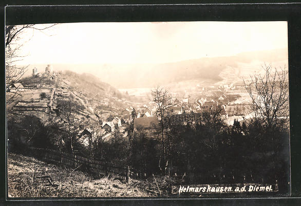 AK Helmarshausen, Ortspanorama vom Berg aus gesehen
