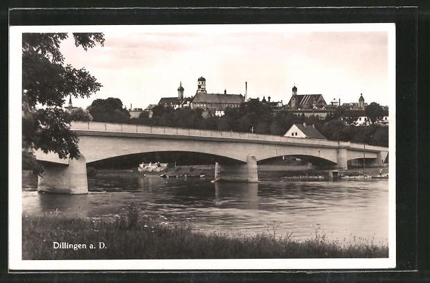 AK Dillingen, Ortsansicht mit Brücke