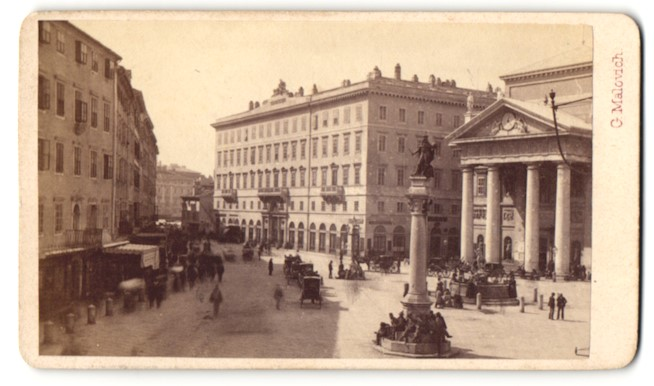Fotografie G. Malovich, Trieste, Ansicht Trieste-Triest, Partie in der Innenstadt