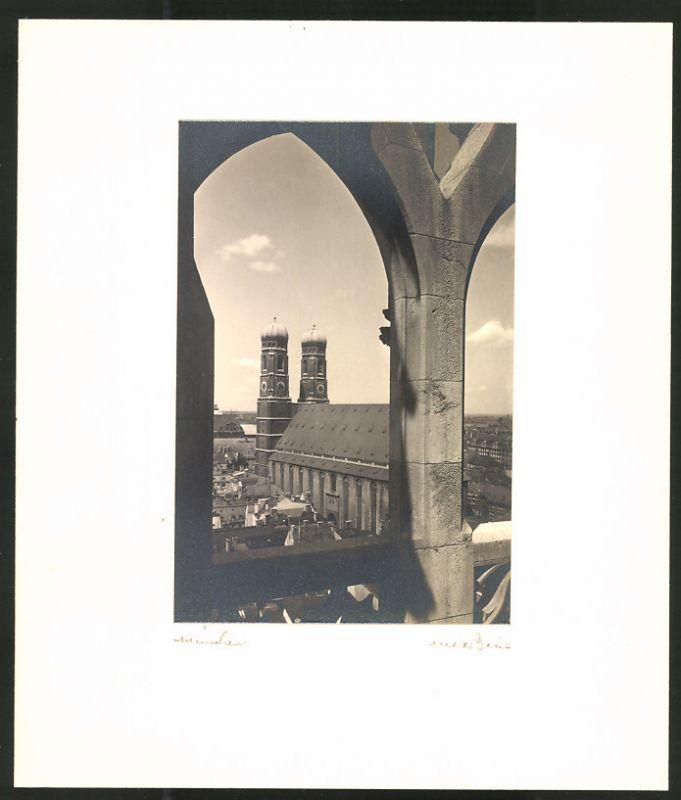 Fotografie Max Baur, Ansicht München, Blick zur Frauenkirche