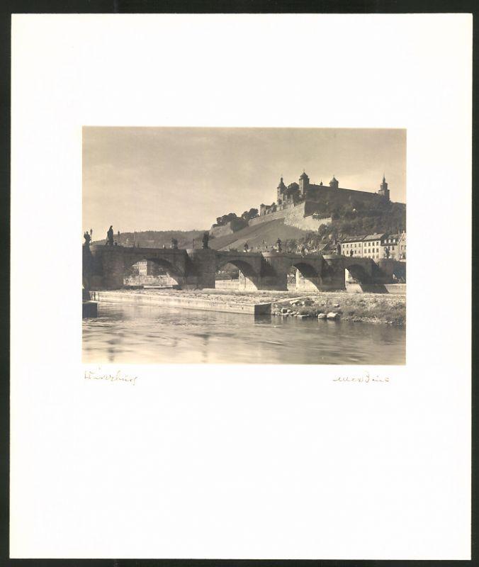 Fotografie Max Baur, Ansicht Würzburg, Blick zum Schloss