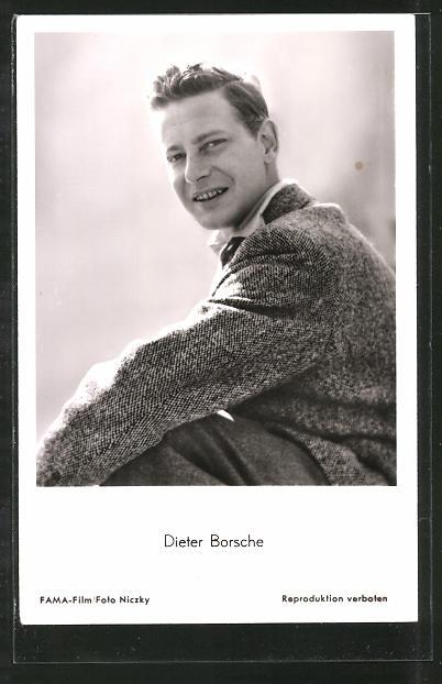 AK Schauspieler Dieter Borsche lächelnd in Kamera blickend
